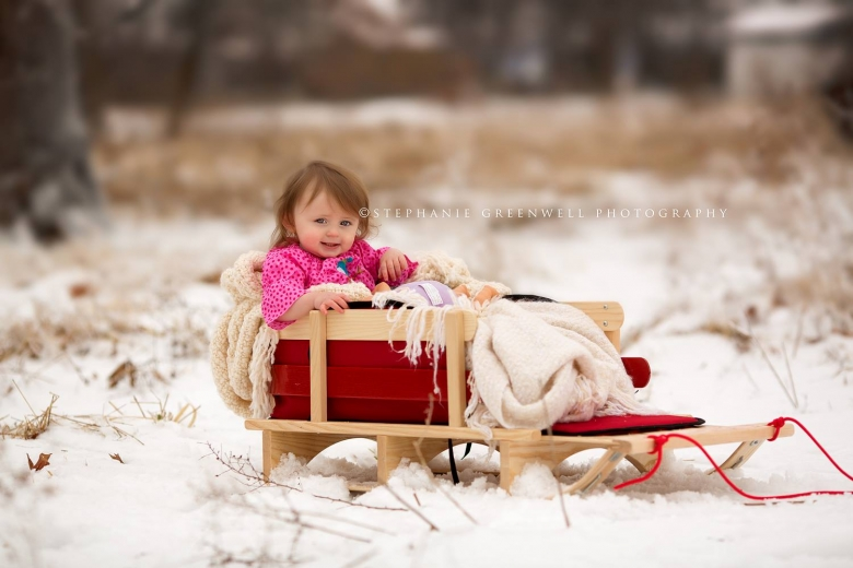 snow mini sessions annistyn sled snow ice storm southeast missouri photographer stephanie greenwell