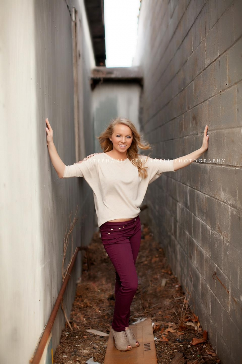 senior girl feature confessions of a prop junkie alley southeast missouri photographer stephanie greenwell