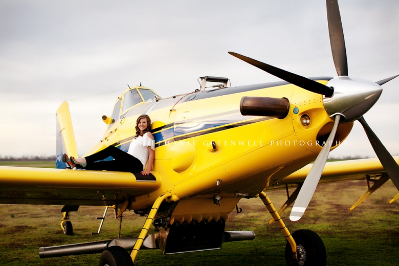 senior prop plane airplane yellow southeast missouri photographer stephanie greenwell