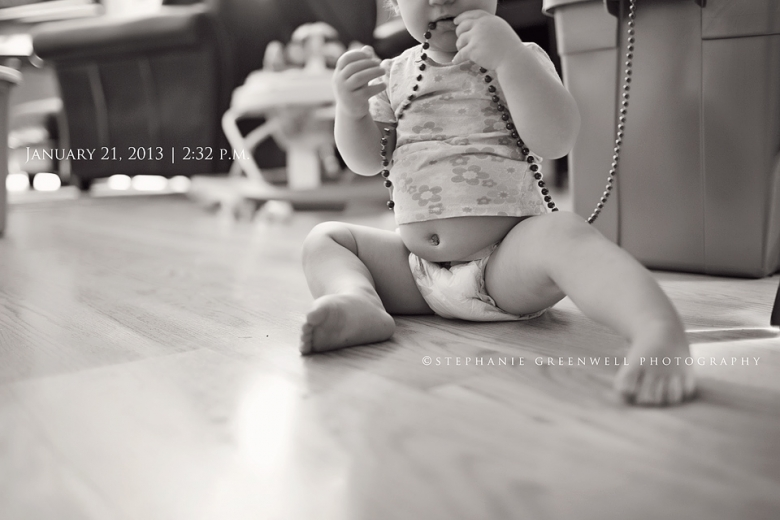 baby belly diaper christmas decorations baby feet stephanie greenwell photographer