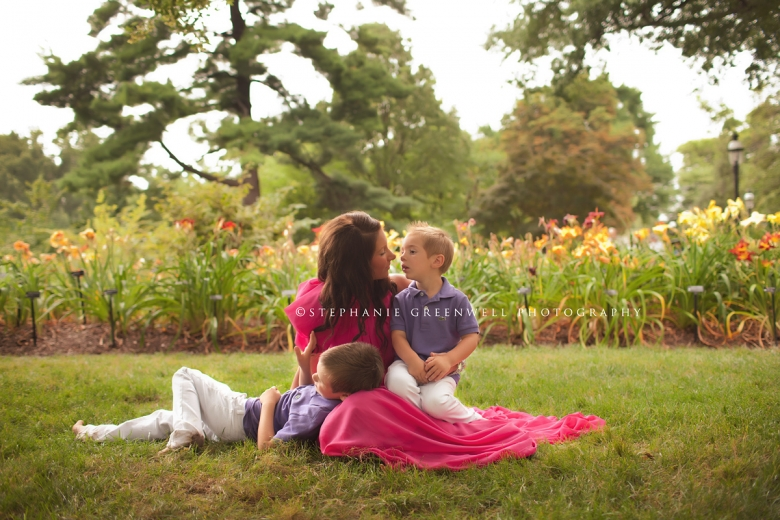 kate duffy frank patrick st louis family session missouri botanical garden stephanie greenwell photography